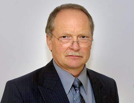 VÁŠ LÉKAŘ:MUDr. Karel Kočí, CSc. má více než 35 let medicínské praxe